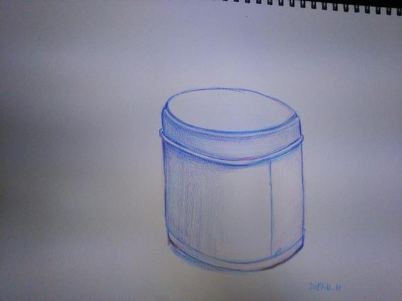 色鉛筆練習、クッキー缶