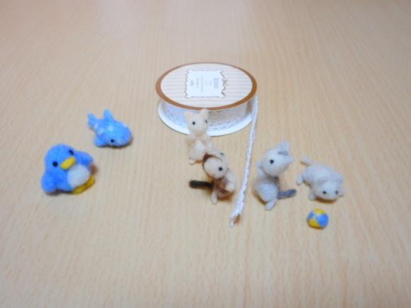 アデリーペンギンとジンベーザメと猫バレーボール
