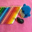 アデリーとブルーナと色鉛筆