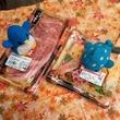 アデリーとジンベーと寿司と牛肉