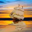 夕暮れの帆船