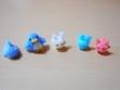 アデリーペンギンとジンベーザメと三色ウサギ