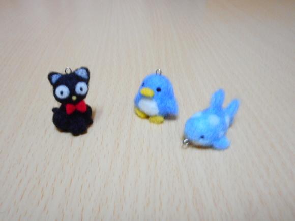 アデリーペンギンとジンベーザメと喋る黒猫
