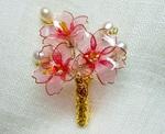 薄紅桜のブローチ