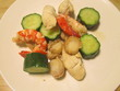 海老とホタテ、鶏ささみに胡瓜の炒め物