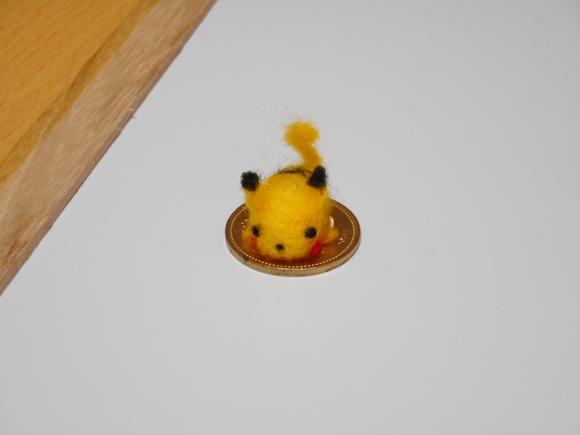 電気ネズミと五百円玉